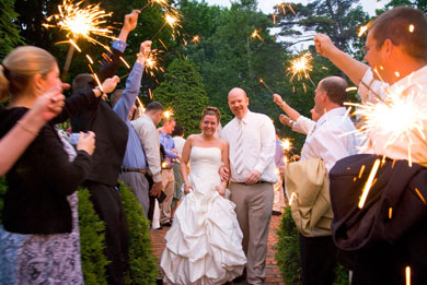 more-daytime-wedding-sparklers