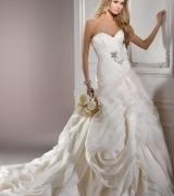 thumbs_wedding-dress-116