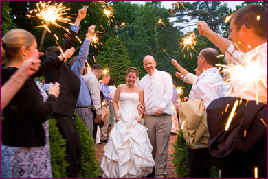 using wedding sparklers during the day