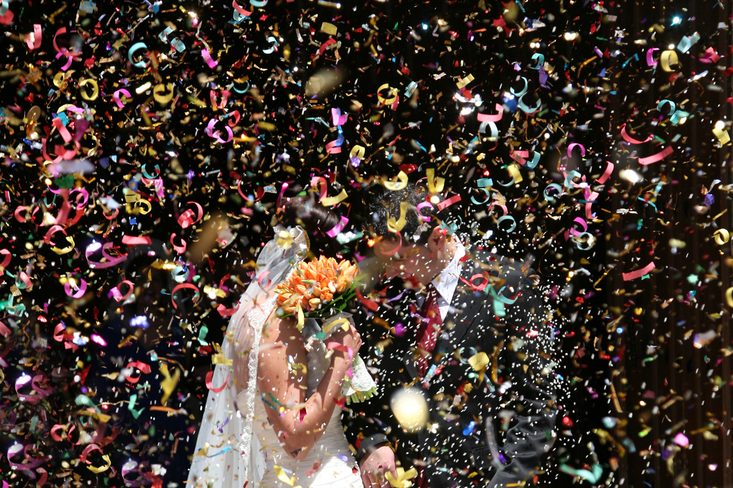 Ð?аÑ?Ñ?инки по запÑ?оÑ?Ñ? wedding confetti bubble